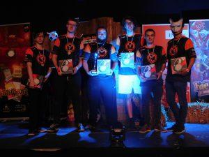 mCon Overwatch met hun prijzen na de winst op FoM 20.1.