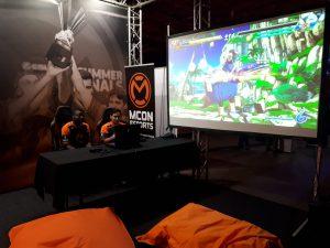 DBZ bij de mCon stand op Tweakers Gaming Live