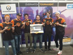 Ons Overwatch team op Heroes Dutch Comic Con.